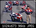 Κάντε click στην εικόνα για μεγαλύτερο μέγεθος.  Όνομα:BikeReview-Alan-Cathcart-Kunihiko-Miwa-with-R7-kitbike-other-R-family-models.jpg Προβολές:200 Μέγεθος:95,9 KB ID:428109